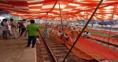 मर जाएंगे लेकिन बिल का समर्थन नहीं करेंगे, रेल पटरी जाम, PM मोदी को किसानों की अंतिम चेतावनी